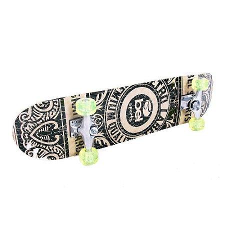 Skateboard Semi-Pro Rodas PU Preto e Bege (Retrô)
