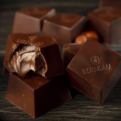 Bombom de Chocolate Belga 54% Cacau Zero Açúcar com Avelã - Luckau 20g