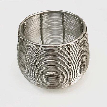 Castiçal em metal