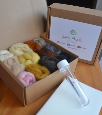 Kit de lãs cores peles, pêlos e cabelos - com agulhas
