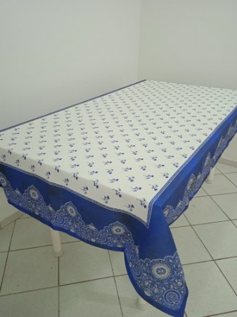 Toalha de Mesa Frida (Azul renda) - Tecido com Impermeabilidade