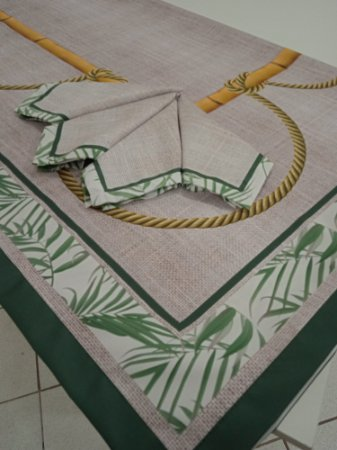 Toalha  de Mesa  Carla (bambu  e corda) -  Tecido com Impermeabilidade