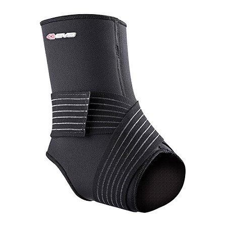 Protetor De Tornozelo EVS Ankle Stabilizer AS14 - Com Fita Compressora