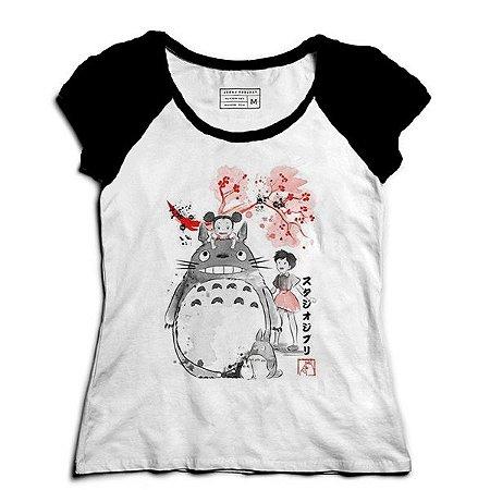 Camiseta Feminina Raglan Meu amigo Totoro - Loja Nerd e Geek
