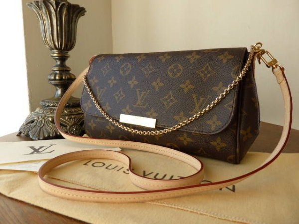 Bolsa Louis Vuitton Clutch Favorite Monograma