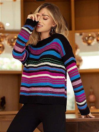 Blusa de tricot com listras coloridas