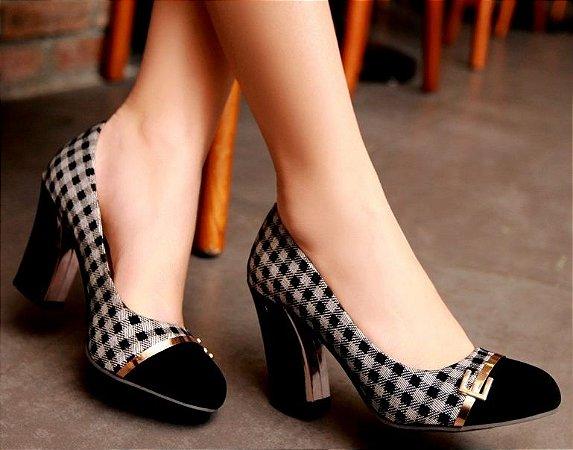 Sapato Scarpin Xadrez