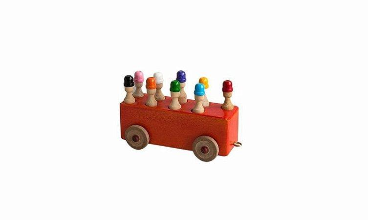 Ônibus com Pinos