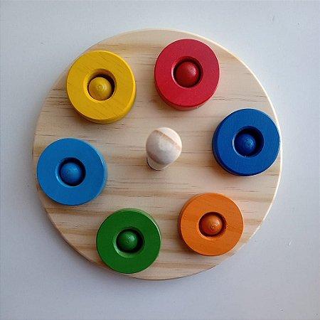 Encaixe das Cores Montessori