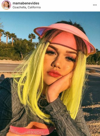 Peruca lace front wig chanel Lolla verde neon MAMA BENEVIDES  - PRONTA ENTREGA