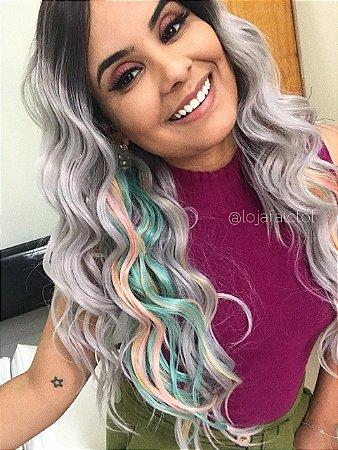 EDIÇÃO LIMITADA Peruca Lace front wig cacheada platinada com mechas coloridas pastel CHESSY