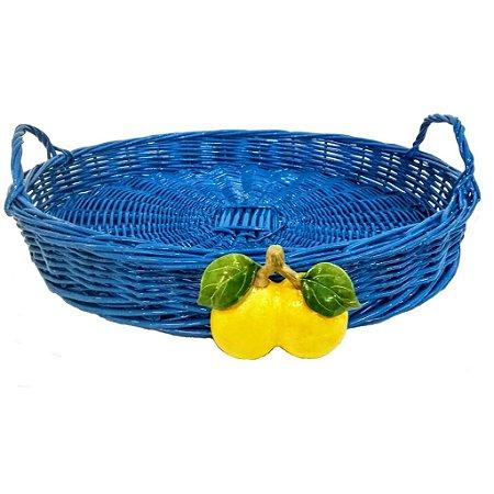 141b - Cesta G azul claro/vivo com alça em vime duplo limão siciliano H=7 cm, D = 47 cm