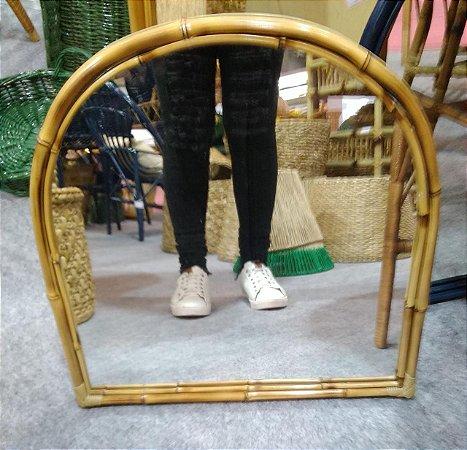 Espelho em bambu natural meio círculo 52x54