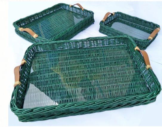 KIT Bandeja verde folha em vime verniz com alça e vidro