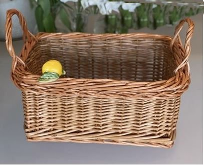 porta pães com alça cor natural vime com limão siciliano