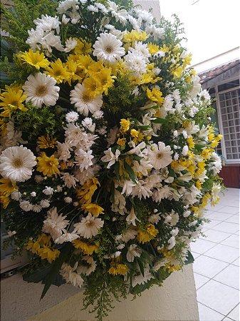 Coroa de Flores Cemitério dos Amarais