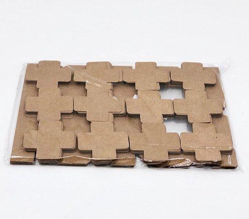 Kit de caixa com visor V0 (15x11x3,5 cm) para 12 doces/brigadeiros/bombons com 240 forminhas - embalagem com 20