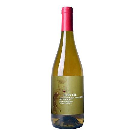 """Vinho Branco """"Juan Gil"""" Moscatel Seco 2015"""