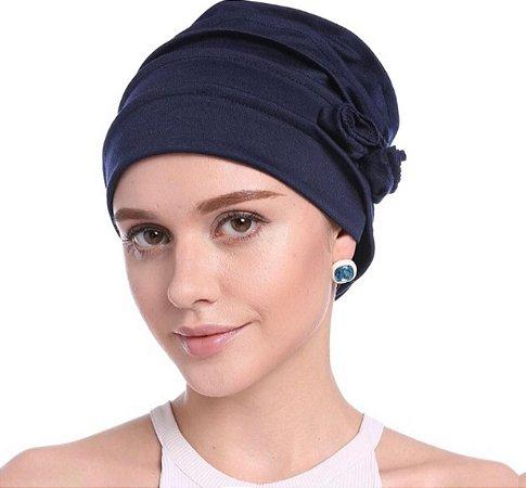 Turbante beanie drapeado com flor - azul marinho escuro