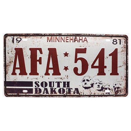 Placa de carro antiga decorativa metálica vintage Dakota