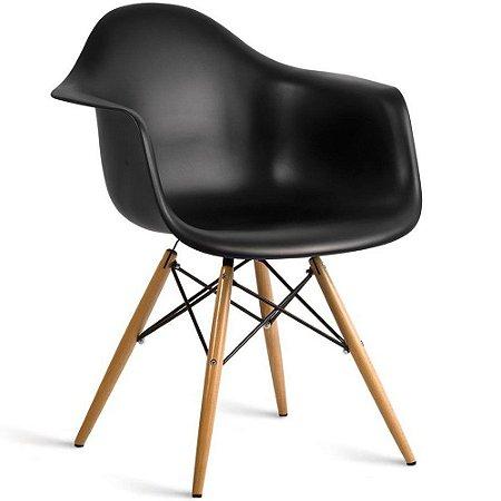 Cadeira Eames DAW com Braço Polipropileno Pés de Madeira
