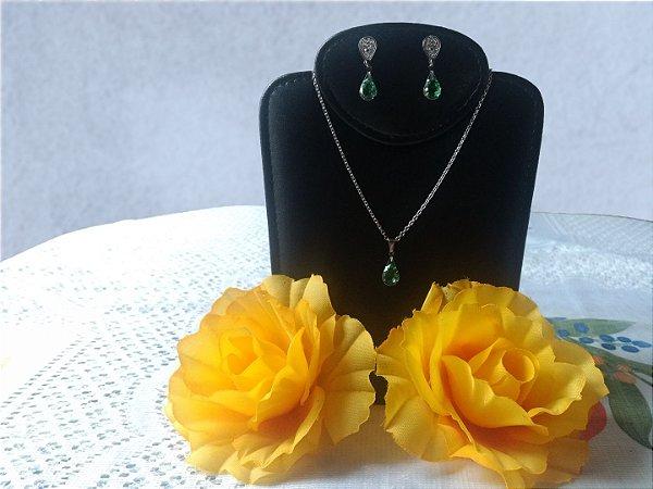 Conjunto Fyenox   Cor: Verde Esmeralda