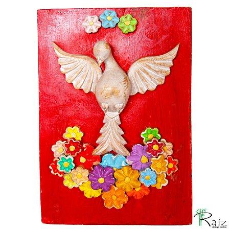 Quadro Divino Espírito Santo Com Flores Madeira Pátina Branca Fundo Vermelho Encerado (30x21)cm