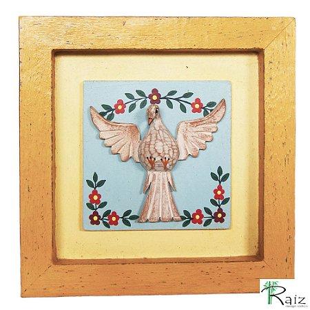 Quadro Divino Espírito Santo com Flores Rústico Encerado Patinado Fundo Amarelo Claro (22x22x2)cm