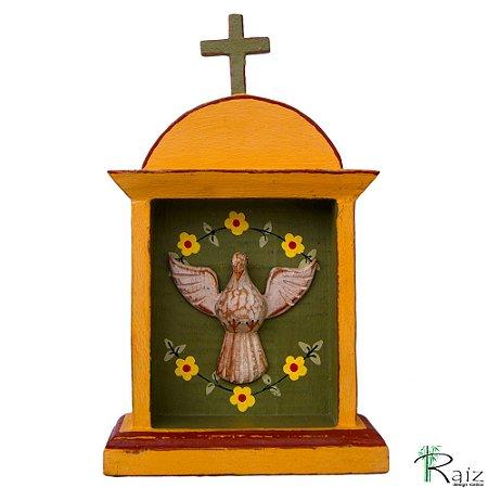 Oratório Divino Espírito Santo Madeira para Mesa ou Parede Amarelo e Verde 27cm
