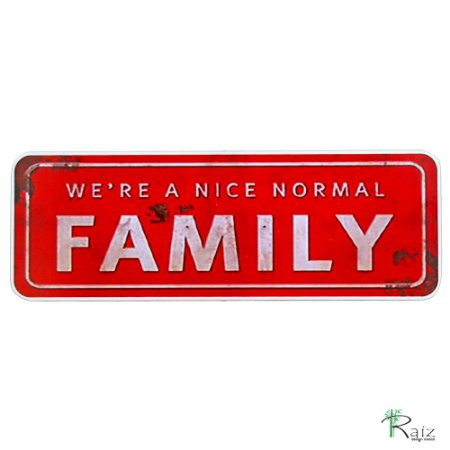 Quadro Família Normal Madeira Estilo Placa de Carro 40cm
