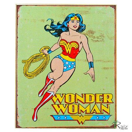 Placa Retrô Coleção Desenho Mulher Maravilha Linha Vintage (23x19cm)