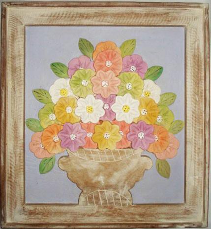 Quadro de Flores Com Fundo Lilás (57x62cm)