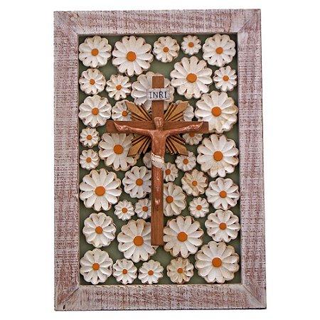 Quadro Cristo Crucificado Entalhado Aplicado ao Painel de Flores Crucifixo