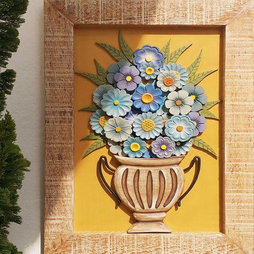 Quadro Decorativo Rústico Em Madeira Vaso De Flores Azuis Luxo 70 x 50 cm