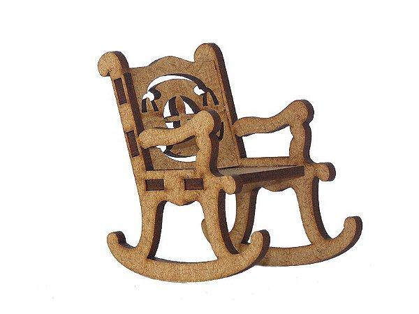 Miniatura Cadeira de Balanço A018