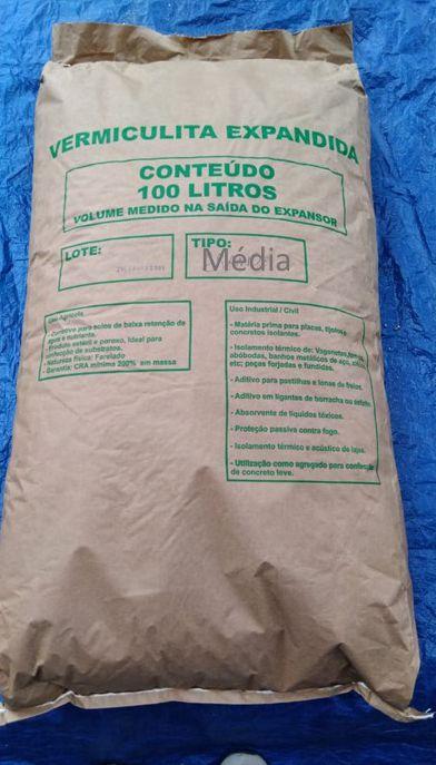 Vermiculita Expandida MÉDIA Saca 100 Litros