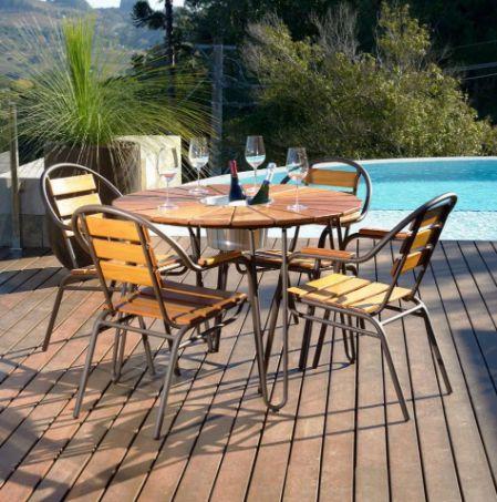 Conjunto  Mesa de Jardim  com 4 Cadeiras em Eucalipto Pressa