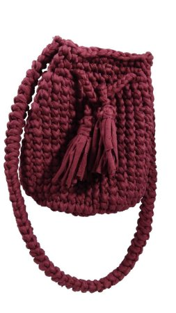 Bolsa saco de crochê artesanal em fio de malha - Uva Doce