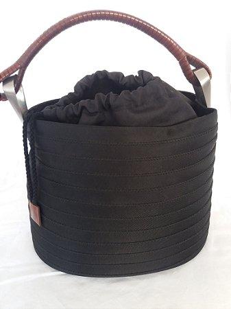 Bolsa preta Kenzo de gorgurão e couro com alça em couro e detalhes em metal escovado, impecável