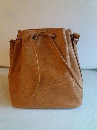 Bolsa saco Bag Louis Vuitton, original, em couro cru lavrado Impecável
