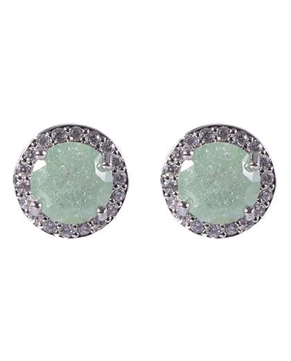 Brinco pequeno de metal prateado com pedra verde e strass cristal Pri