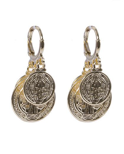 Argola de metal dourado pietra