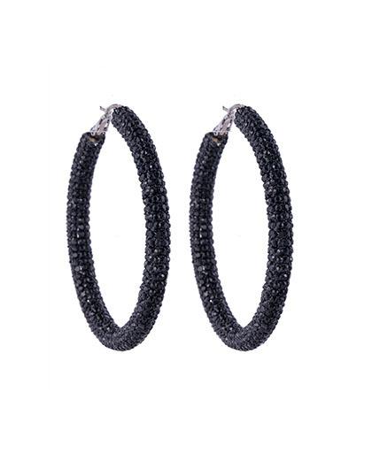 Argola de metal prateado com strass preto camille