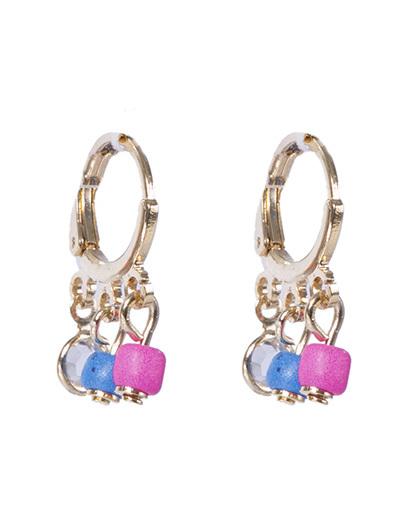 Argola de metal dourado com pedra azul, rosa e cristal bartira