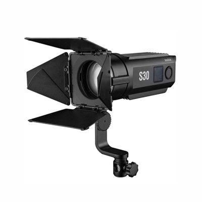 Iluminador Fresnel Led Godox S30 30W 5600K Bivolt