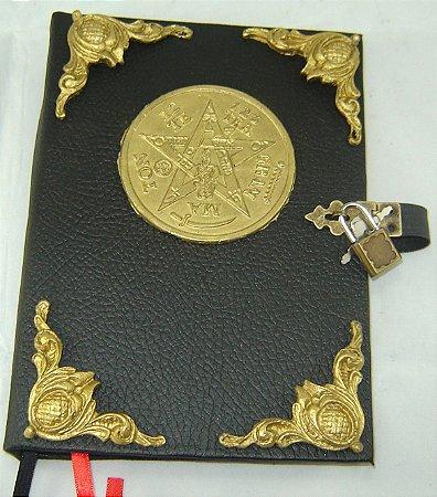Livro das Sombras tetragrammaton cod.273