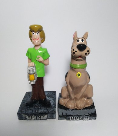 Estatuetas Scooby + Salsicha (Scooby-Doo)