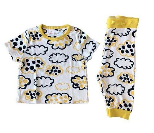 Conjunto Blusa e Calça Nuvens Fábula