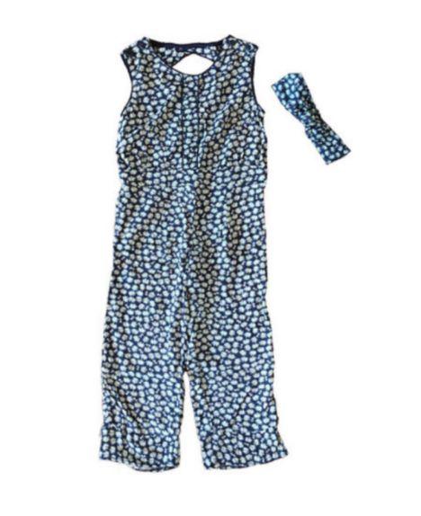 Macacão Azul Marinho Florido com Faixa para Cabelo Isabela Capeto para C&A