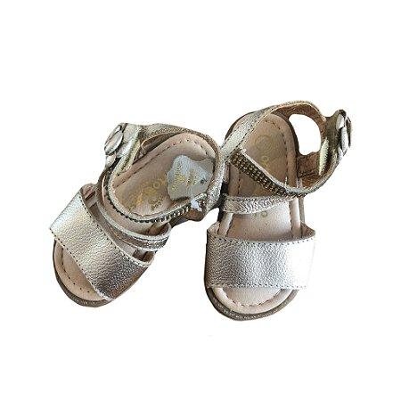 Sandália de Tiras Ortopé com etiqueta